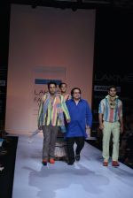 Sahil Anand walk the ramp for Debarun Show at Lakme Fashion Week 2013 Day 1 in Grand Hyatt, Mumbai on 22nd March 2013 (83).JPG