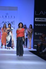 Shriya Saran walk the ramp for Asmita Marwa Show at Lakme Fashion Week 2013 Day 1 in Grand Hyatt, Mumbai on 22nd March 2013 (144).JPG