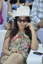 at Delna Poonawala fashion show for Amateur Riders Club Porsche polo cup in Mumbai on 23rd March 2013 (7).JPG