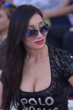 Sofia Hayat at Delna Poonawala fashion show for Amateur Riders Club Porsche polo cup in Mumbai on 23rd March 2013 (35).JPG
