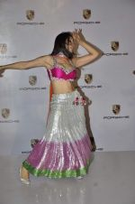 Sofia Hayat at Delna Poonawala fashion show for Amateur Riders Club Porsche polo cup in Mumbai on 23rd March 2013 (8).JPG