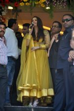 Aishwarya Rai Bachchan inaugurates Kalyan jewellers in Thane, Mumbai on 24th March 2013 (12).JPG