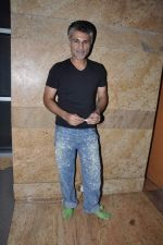 Arjun Khanna on Day 3 at Lakme Fashion Week 2013 in Grand Hyatt, Mumbai on 24th March 2013 (194).JPG