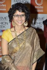 Kiran Rao at Vikram Phadnis Show at Lakme Fashion Week 2013 Day 4 in Grand Hyatt, Mumbai on 25th March 2013 (170).JPG