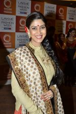 Sakshi Tanwar at Vikram Phadnis Show at Lakme Fashion Week 2013 Day 4 in Grand Hyatt, Mumbai on 25th March 2013 (196).JPG