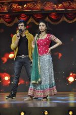 Ragini Khanna, Ritwik Dhanjani On Location of Sabse Bada Dramebaaz in Famous, Mumbai on 26th March 2013 (65).JPG