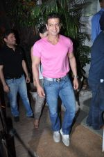 Timmy Narang at Ritesh Sidhwani B_day in Olive, Bandra, Mumbai on 26th March 2013 (11).JPG
