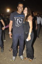 Vindu Dara Singh, Dina Umarova at DJ Tiesto concert in Turf Club, Mumbai on 29th March 2013 (4).JPG