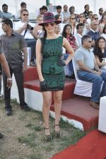 Sofia Hayat at Gitanjali Polo Match and Nachiket Barve fashion show in RWITC, Mumbai on 30th March 2013 (34).JPG
