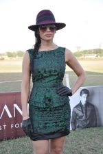 Sofia Hayat at Gitanjali Polo Match and Nachiket Barve fashion show in RWITC, Mumbai on 30th March 2013 (59).JPG
