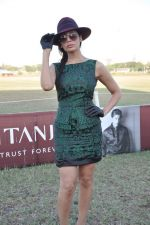Sofia Hayat at Gitanjali Polo Match and Nachiket Barve fashion show in RWITC, Mumbai on 30th March 2013 (62).JPG