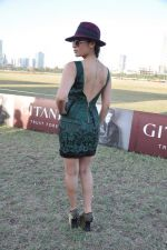 Sofia Hayat at Gitanjali Polo Match and Nachiket Barve fashion show in RWITC, Mumbai on 30th March 2013 (64).JPG