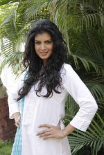 Tina Desae on location of film Dussehra in Pune on 1st April 2013 (27).jpg