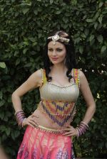 Yana Gupta on location of film Dussehra in Pune on 1st April 2013 (53).jpg