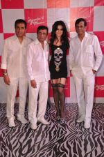 Ameesha Patel, Abbas Mastan at Amessha Patel_s production house launches new film ventures in Mumbai on 2nd April 2013 (115).JPG