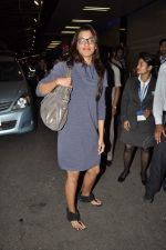 Mugdha Godse leave for TOIFA DAY 2 in Mumbai on 2nd April 2013 (29).JPG