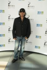 Mohit Chauhan arrive in Vancouver for TOIFA 2013 on 3rd April 2013.jpg