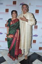 Renuka Shahane, Siddharth Kak at Surabhi Foundation Fundraiser event in Taj Colaba, Mumbai on 12th April 2013 (34).JPG