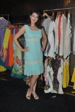 Yukta Mookhey at the Launch of Maheka Mirpuri_s The Yellow Rose Collection in Mumbai on 18th April 2013 (38).JPG