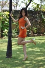 Sonalli Sehgall at Sachin Joshi_s energy drink shoot in Malad, Mumbai on 24th April 2013 (44).JPG