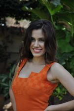 Sonalli Sehgall at Sachin Joshi_s energy drink shoot in Malad, Mumbai on 24th April 2013 (55).JPG