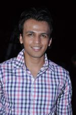 Abhijeet Sawant at Vishal Shekhar concert organised by Vihang and Purvesh Sarnaik in Thane, Mumbai on 25th April 2013 (35).JPG