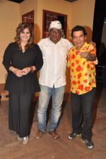 Asrani returns with a play for Ektaa Theatre Group in Bandra, Mumbai on 26th April 2013 (19).JPG