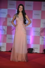 Miss India Navneet Kaur Dhillon unveil POnds BB+ cream in Powai, Mumbai on 26th April 2013 (13).JPG