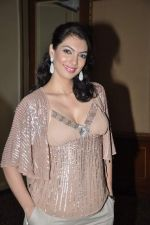 Yukta Mookhey at fashion show by Achala Sachdev for SNDT Chrysallis in Mumbai on 26th April 2013 (41).JPG