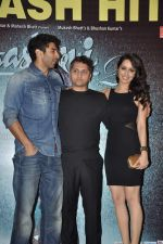 Aditya Roy Kapur, Shraddha Kapoor, Mohit Suri at Aashiqui 2 success bash in Escobar, Mumbai on 30th April 2013 (76).JPG