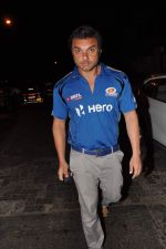 Sohail Khan snapped outside Olive in Mumbai on 30th April 2013 (68).JPG