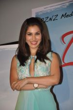 Sophie Choudry at Ishq in Paris promotional activity in Cinemax, Mumbai on 30th April 2013 (85).JPG