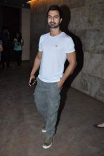 Ashmit Patel at the screening of Bombay Talkies in Santacruz, Mumbai on 2nd May 2013 (6).JPG