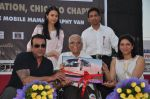 Sanjay Dutt & Priya Dutt Memorial Donate a Mobile Mamography Unit for good cause in Bandra, Mumbai on 5th May 2013 (63).JPG