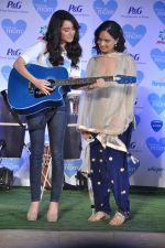 Shraddha Kapoor with mom at P&G thank you mom event in Bandra, Mumbai on 8th May 2013 (37).JPG
