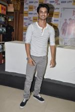Sushant Singh Rajput at Kai po che DVD launch in Infinity Mall, Mumbai on 10th May 2013 (51).JPG