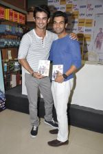 Sushant Singh Rajput, Raj Kumar Yadav at Kai po che DVD launch in Infinity Mall, Mumbai on 10th May 2013 (75).JPG
