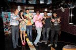Adah Sharma and Dev Goel at the press conference of Hum Hai Raahi Car Ke in Suburban Lounge, Mumbai on 11th May 2013 (5).jpg