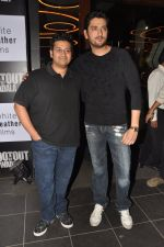 Milap Zaveri, Shaad Randhawa at Shootout at Wadala success bash in 212 all day dining, Mumbai on 14th May 2013 (5).JPG