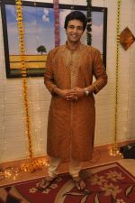 Sachin Shroff at Sahara_s Niyati TV serial - Engagement ceremony shoot in Goregaon on 19th May 2013 (3).JPG