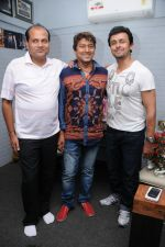 Dhananjay Kumar Yadav (Producer), Adesh Srivastav (Music Director) and Sonu Nigam at the recording of a song for Dhananjay Films Pvt Ltd_s film - Janta Vs Janardan   DSC_7818.JPG