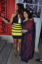 Mugdha Godse, Navni Parihar at Ishq in Paris premiere in PVR, Mumbai on 23rd May 2013 (82).JPG