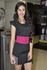 Navneet Kaur at Reliance Digital store in Prabhadevi, Mumbai on 23rd May 2013 (2).JPG
