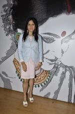 Priyanka Thakur at Charity auction of paintings made by Akanksha NGO kids in Gaja Showroom, Mumbai on 23rd May 2013 (24).JPG