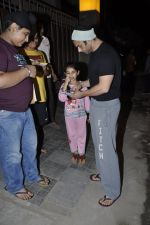 Sohail Khan at Kunal Khemu_s Birthday bash in Khar, Mumbai on 24th May 2013 (48).JPG