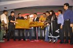 Sunil Shetty, Akshay Kumar, Mimoh Chakraborty, Mithun Chakraborty, Johnny Lever, Yuvika Chaudhary at Enemmy launch in Mumbai on 24th May 2013 (57).JPG
