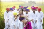 Shruti Haasan in the still from movie Ramaiya Vastavaiya (105).JPG