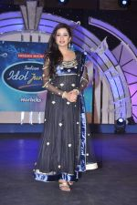 Shreya Ghoshal at Junior Indian idol press meet in Grand Hyatt, Mumbai on 28th May 2013 (76).JPG