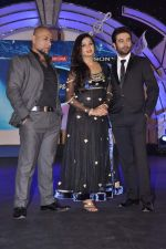Vishal Dadlani, Shekhar Ravjiani, Shreya Ghoshal at Junior Indian idol press meet in Grand Hyatt, Mumbai on 28th May 2013 (50).JPG