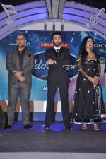 Vishal Dadlani, Shekhar Ravjiani, Shreya Ghoshal at Junior Indian idol press meet in Grand Hyatt, Mumbai on 28th May 2013 (54).JPG